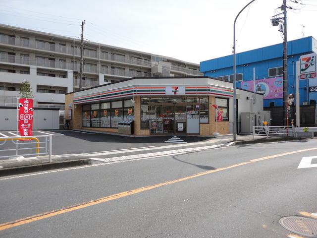 セブンイレブン横浜片倉5丁目店